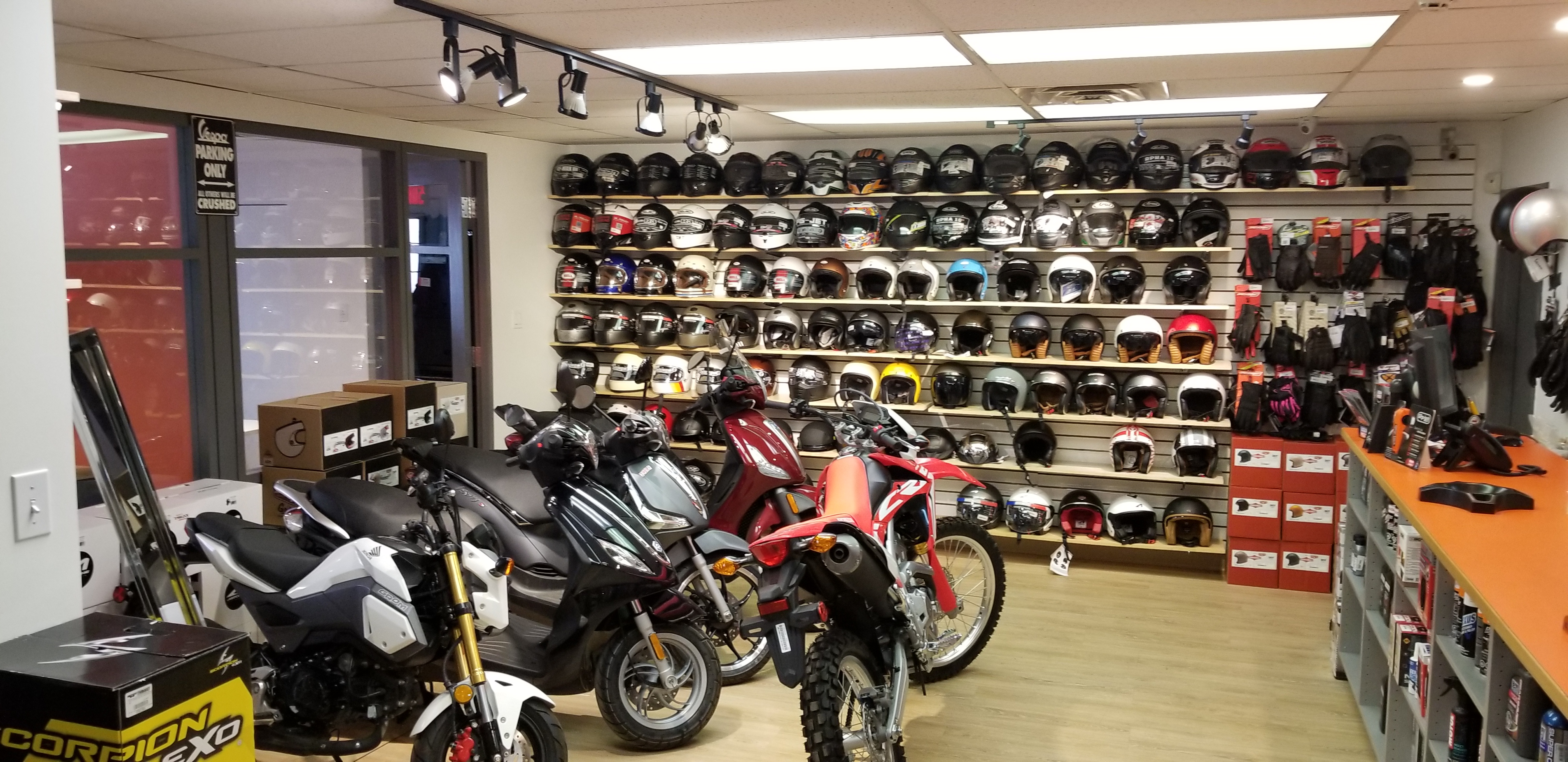 Parts and Accessories for your Scooters and Motorcycles in Montreal