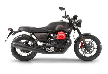 Moto Guzzi V7 III Carbon Dark